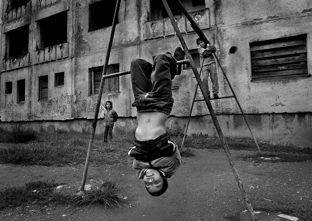 El encanto de las fotograf as de ni os en blanco y negro for Laminas blanco y negro